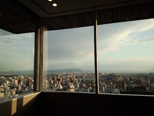 山陽新聞社応接室からの眺望